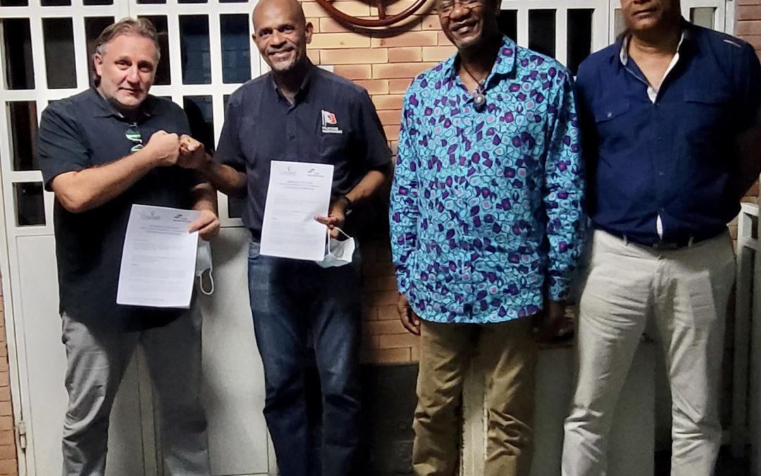 Signature de l'accord de coopération entre le Cluster Maritime de Martinique et le réseau Odyssea, en faveur de la croissance et du tourisme bleus